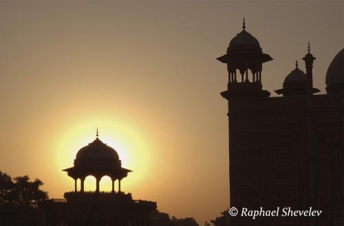 Sunset at the Taj